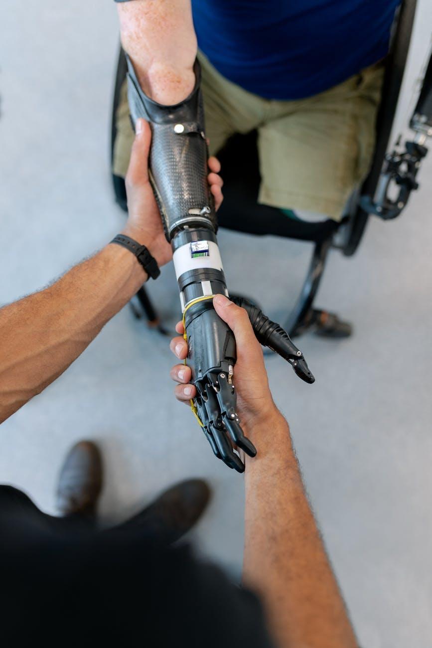 人工智慧和高科技雙管齊下的未來,這部電影的想像跟你的一樣嗎?
