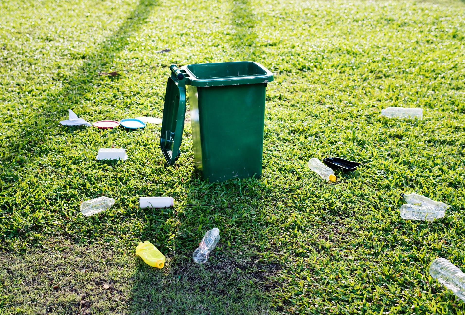 還在困擾不知垃圾如何分類嗎?人工智慧資源回收機器人終於出現啦!