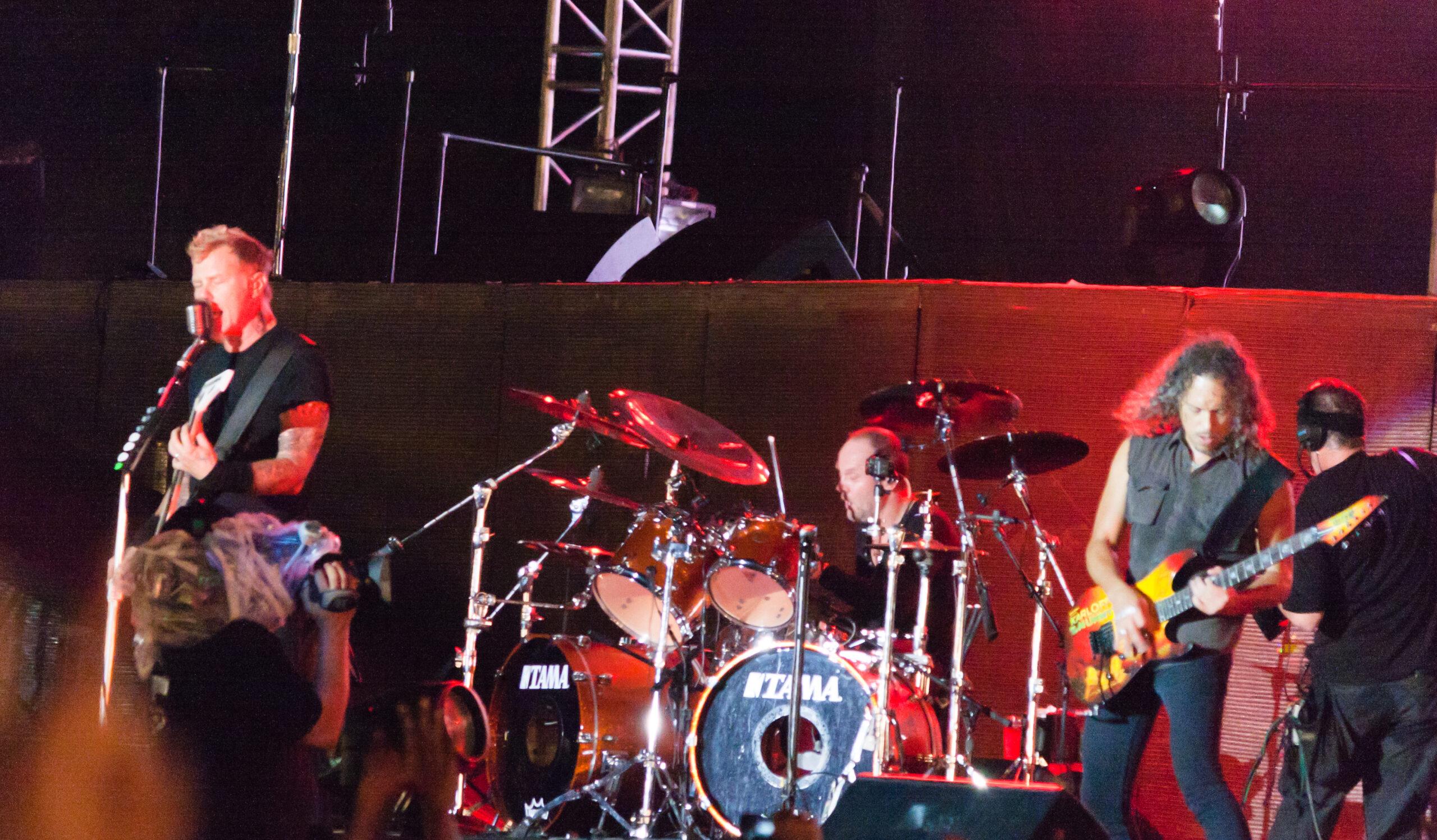 重金屬天團Metallica被人工智慧寫歌致敬啦!